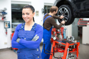 Mechaniker oder Mechatroniker: Welcher Job ist cooler?