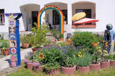 Haus23_Vorgarten.jpg